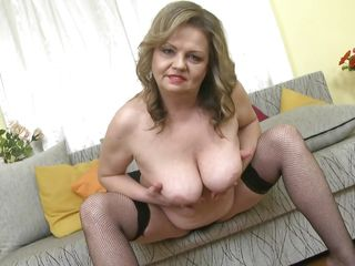 порно ролики с красивыми зрелыми женщинами