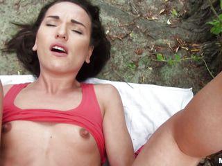 Секс первый раз целков