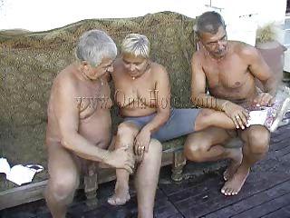 Зрелые полненькие порно